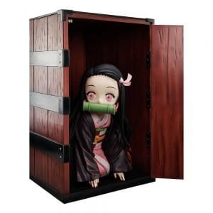 Estatua Big Size Nezuko in a Box Kimetsu no Yaiba